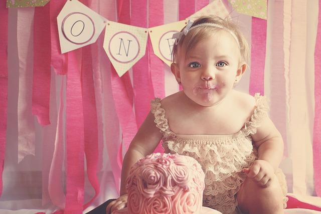 【決定版】2歳の誕生日プレゼント口コミ人気の22選!成長・予算別にセレクトしました