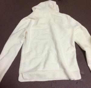 ユニクロのカシミアセーター